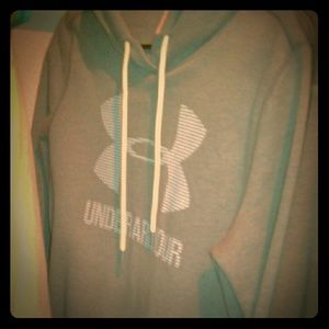 Size small Women's under armour hoodie